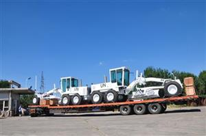 Two peacekeeping PY180 graders of Sinomach Heavy Industry Tianjin Base dispatched